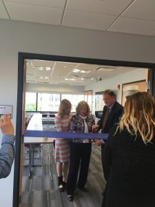 Ribbon Cut 1